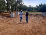 Presidente visita obras da nova quadra poliesportiva do município