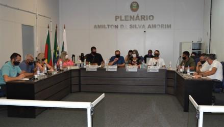 Projetos do Executivo são aprovados por unanimidade em Sessão Extraordinária da Câmara