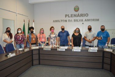 Vereadores recebem Coordenadora Municipal da Mulher