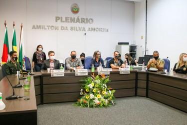 Sessão Solene em homenagem à Semana da Pátria
